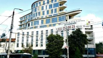Admirând Bucureștiul de la înălțime
