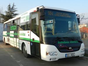 Primul autobuz electric din București