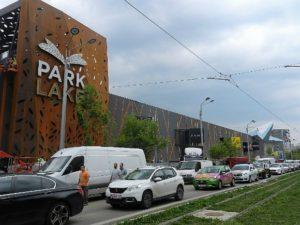 Când se deschide Park Lake Mall din Titan?